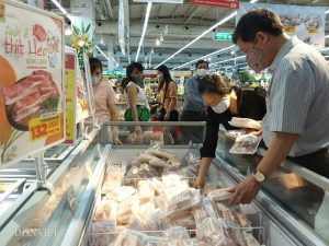 Thịt gà giá rẻ ảnh hưởng đến chăn nuôi gà